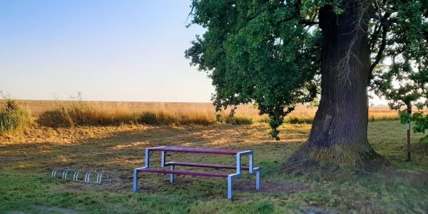 Výsledek celého projektu - nová lavička U Dvou dubů - Kosička.